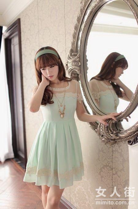 薄荷绿连衣裙 今夏流行小清新范